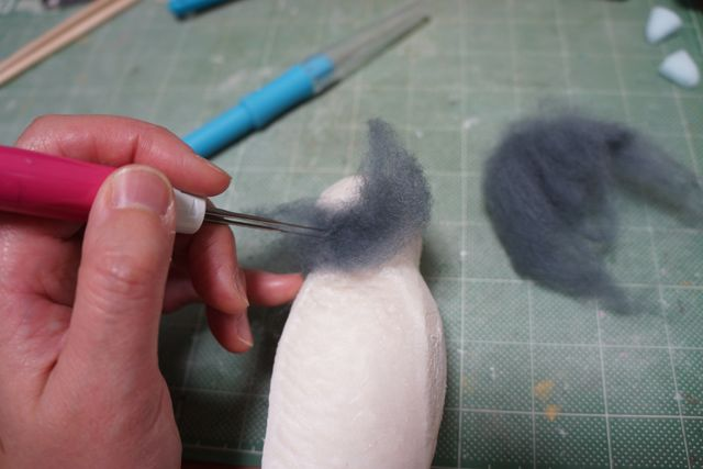 Pembuatan kepala burung Merpati (Boredpanda.com)