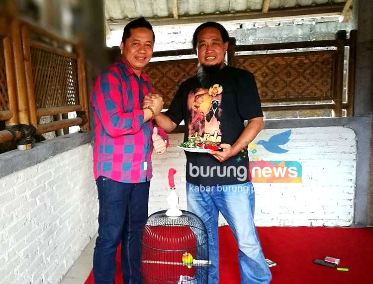 Om Purbo dan Om Pepi syukuran (Burungnews.com)