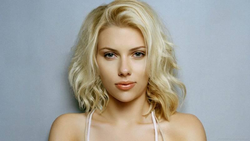 Scarlett Johansson takut samat burung (fashionking.org)