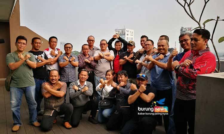 Anggota Forum Kicau Mania Indonesia (burungnews.com)