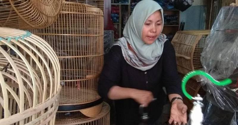 Wanita Bisnis Sangkar Burung (detik.com)