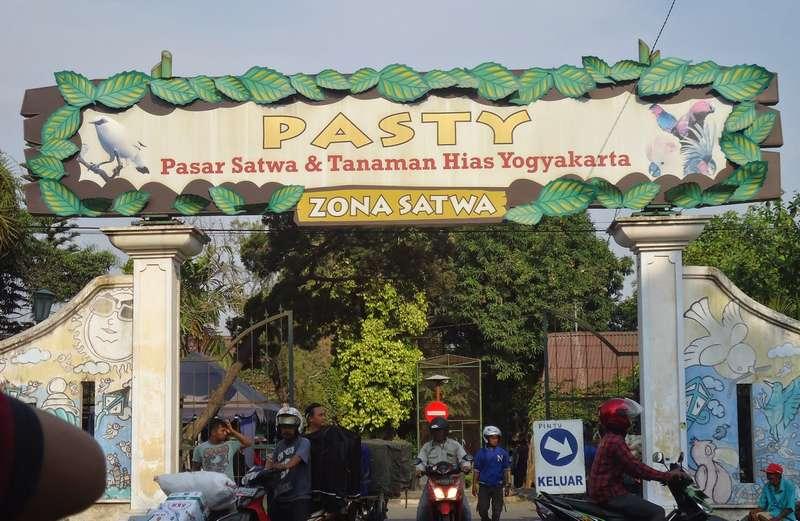 Pasar PASTY Yogyakarta (ukhtiebee.blogspot.com)