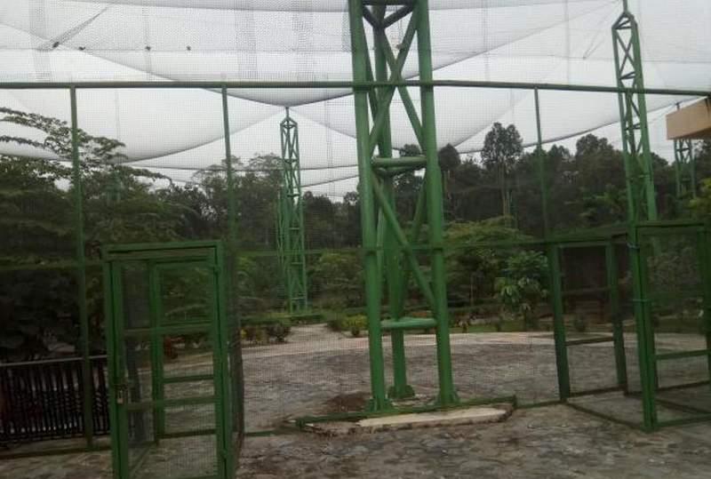 Taman Burung Siak Terbengkalai (potretnews.com)